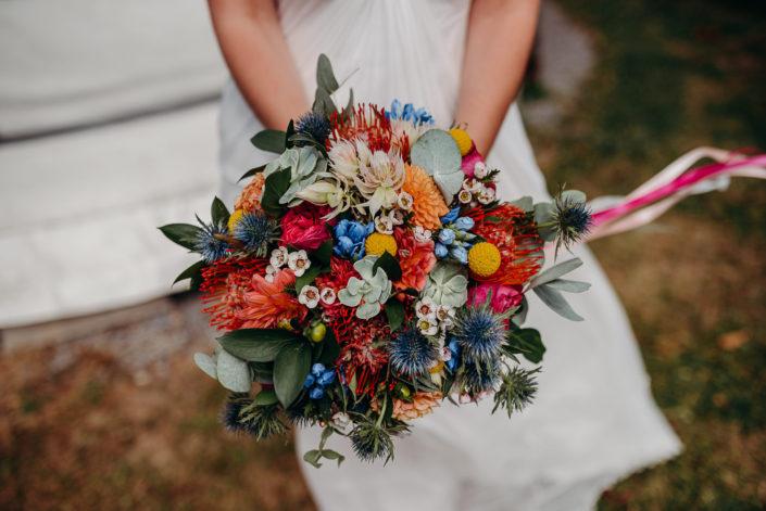 Amandine et Florian - Un mariage tropi'cool coloré 💛